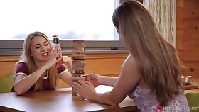 Alexia Fox loves sedentary exceeding handsome face of Tasty Stacey. HD video